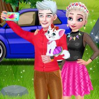 Elsa Couple Travel Selfie With Pet